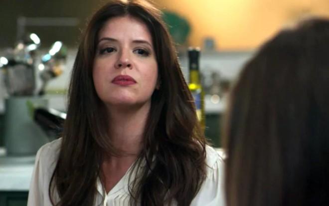 Mariana Santos (Maria Pia) em cena de Pega Pega; vilã invadirá hospital para acusar a rival - Reprodução/TV Globo