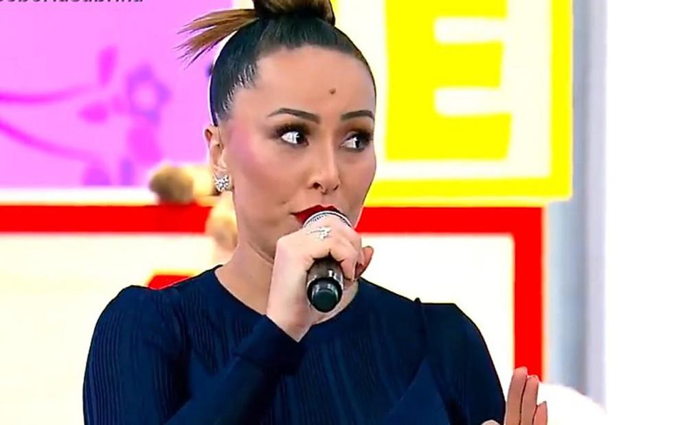 Sabrina Sato em seu programa no sábado (29): nem game com grávidas salvou atração de vexame - REPRODUÇÃO/RECORD