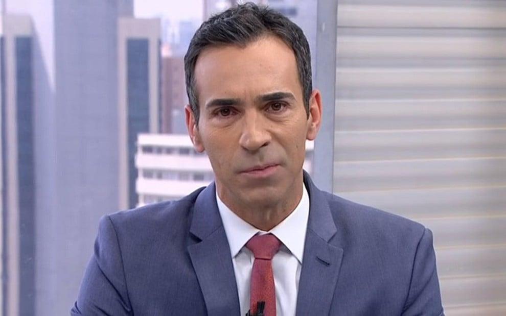 Entrevistas com candidatos ao governo de São Paulo espantaram o público do jornal de César Tralli - REPRODUÇÃO/TV GLOBO