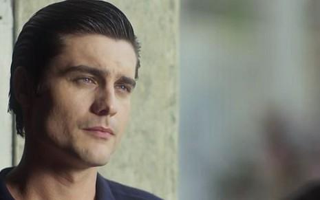 Guilherme Leicam (Artur) em cena de Tempo de Amar; crime da família do rapaz virá à tona - Reprodução/TV Globo