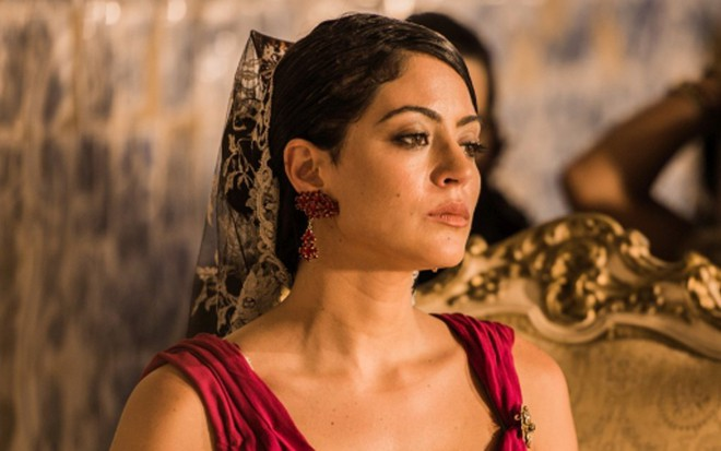 Carol Castro (Iolanda) em cena de Velho Chico, novela das nove da Globo - Caiuá Franco/TV Globo