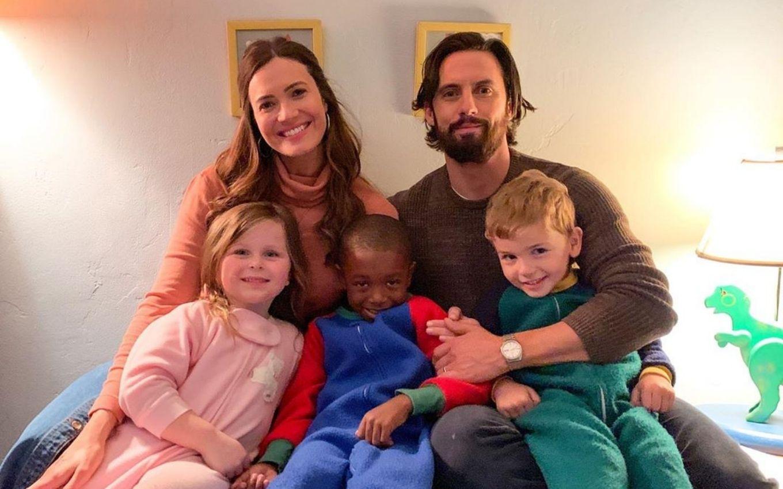 Mãe De Três Em This Is Us Mandy Moore Anuncia Gravidez Na Vida Real Notícias Da Tv