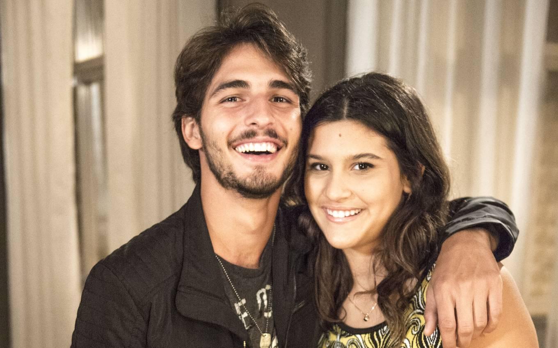globo malhacao brenno leone giulia costa joao cotta tv globo Off-screen love: See couples who left Malhação for real life