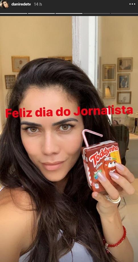 Daniela Albuquerque reproduz piada do Toddynho