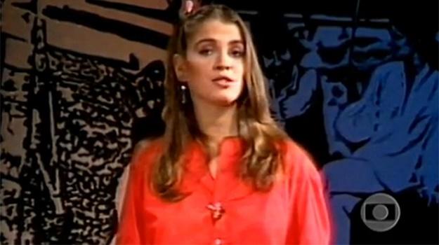nos primeiros 3 anos, vídeo show teve mais de 60 apresentadoresa atriz tássia camargo, primeira apresentadora do vídeo show, aos domingos,